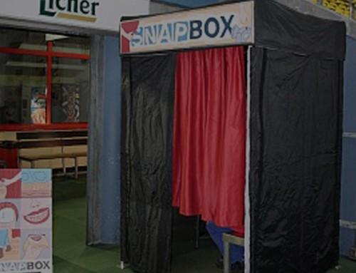 Überschaubare Promotion Kosten für Familienevent in der Eissporthalle