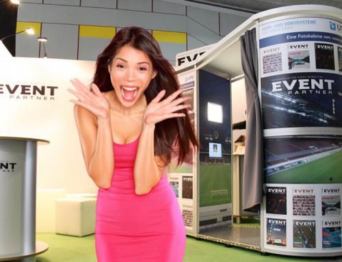 fotokabine mieten regiocast schie t spa fotos in dem neuen snap box fotoautomaten. Black Bedroom Furniture Sets. Home Design Ideas